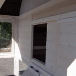 Öffnung Schlafhaus Hühnerstall