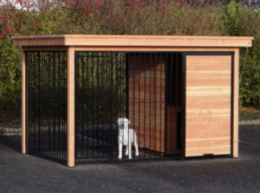 Hundezwinger Fix Schwarz mit Douglasienholz Rahmen und Schlafhaus