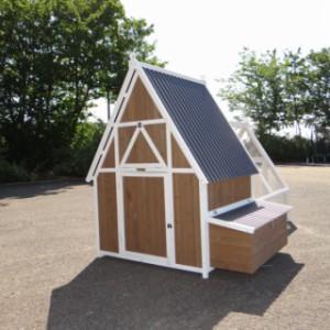 Hühnerhaus Pip - aus Holz mit Freilauf und Legenest