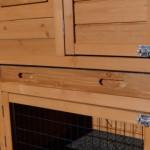 Kaninchenstall mit praktischer Schublade