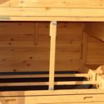 schlafabteil hühnerstall mit sitzstangen