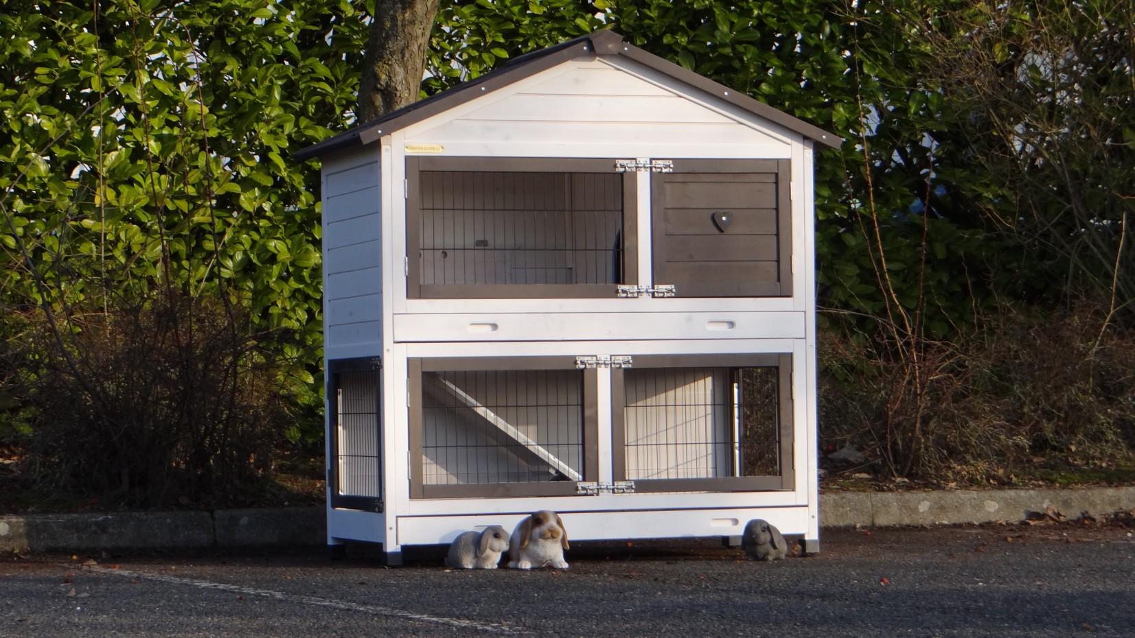 kaninchen hasenstall mit isolierset. Black Bedroom Furniture Sets. Home Design Ideas