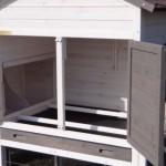 Hühnerhaus mit Sitzstangen