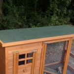 Hühnerstall dach mit Grün dachpappe