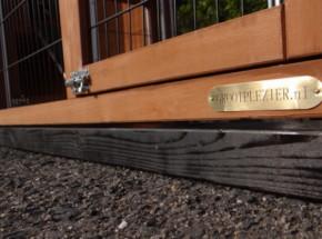 Fundament Schwarz Impragniert für Animalhouse Prestige Large mit Auslauf