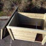Innenseite versehen von Windschutz aus Holz